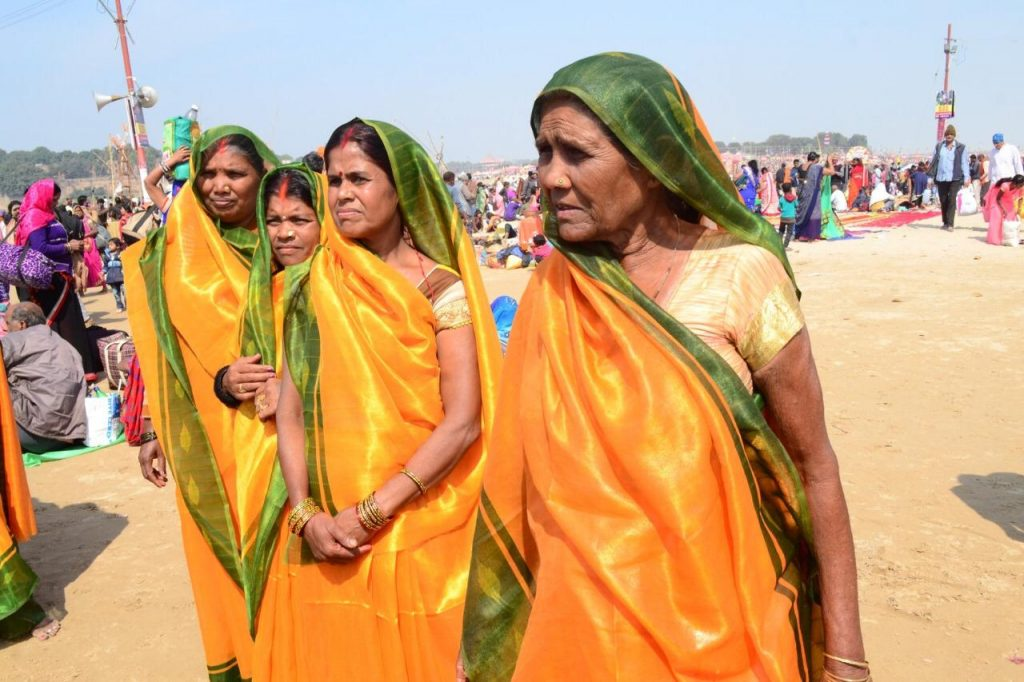 Image 2 - Waterproof sarees distributed at the Kumbh Mela as a part of Hamam's #GoSafeOutside Movement