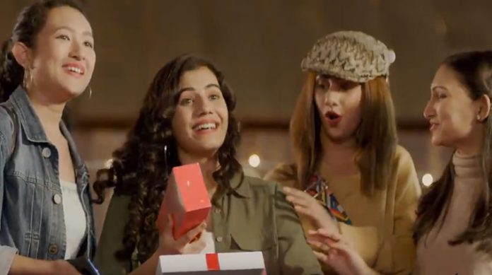 OnePlus Red Cable Christmas Campaign