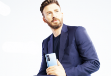 TECNO Chris Evans